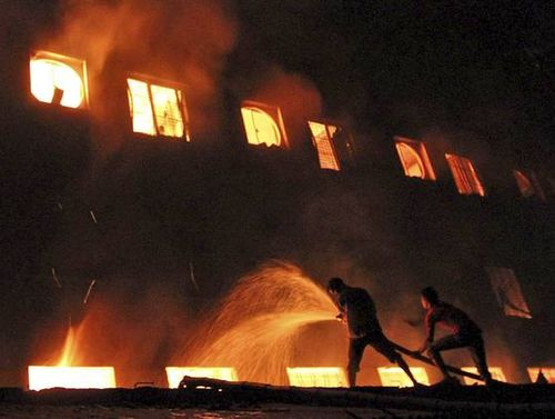 Ap-bangladesh-factory-fire-4_3_r560