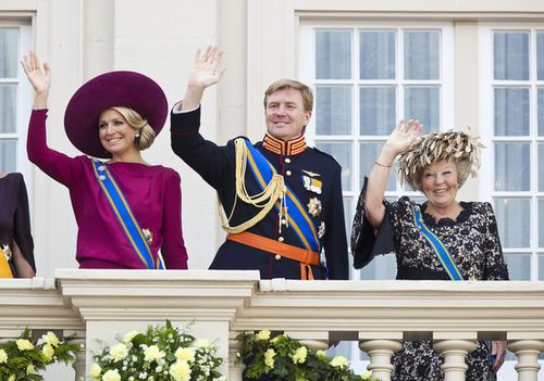 Queen+Beatrix+Crown+Prince+Willem+Alexander+A6XdXo-Dhoul