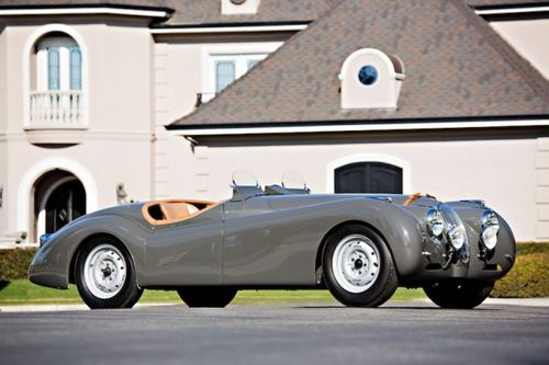 1949_Jaguar_XK120_Alloy_Roadster_00341-620x413