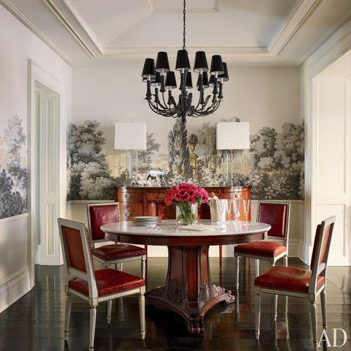 Item0_rendition_slideshowWideVertical_celebrity-dining-rooms-01-brooke-shields