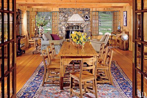 Item7_size_0_0_celebrity-dining-rooms-08-carole-king