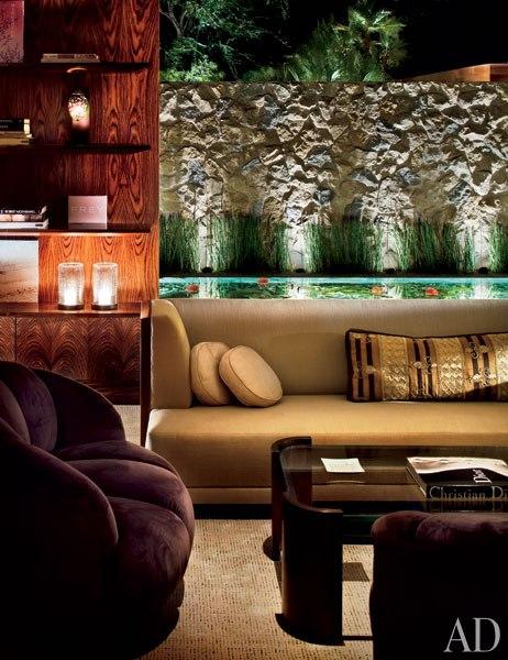 Item4_rendition_slideshowWideVertical_celebrity-living-rooms-05-jennifer-aniston