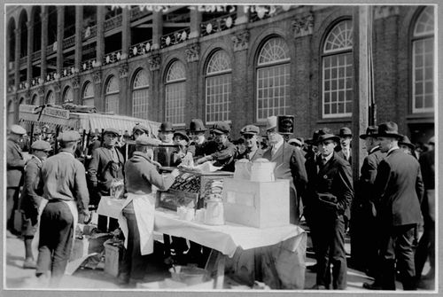 Concession-stands-outside-of-ebbets-field-in-1920