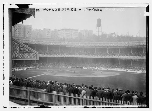 The-polo-grounds-from-the-bleachers
