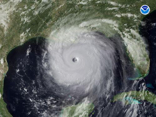 Hurricane-katrina-28-aug-2005-2115-utc