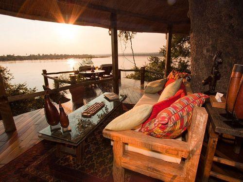 Item3_rendition_slideshowWideHorizontal_tongabezi-safari-lodge-2
