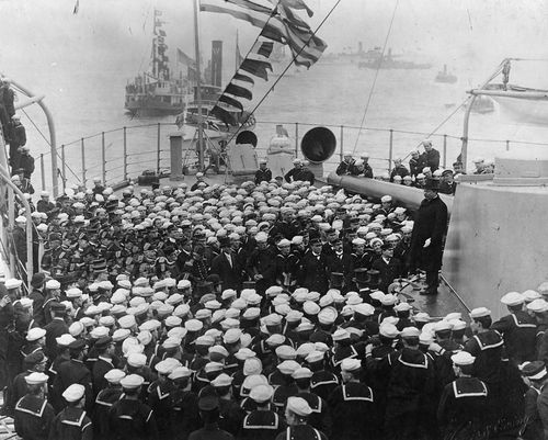 President-theodore-roosevelt-ordered-a-fleet-of-us-ships-to-circumnavigate-the-world-from-1907-1909