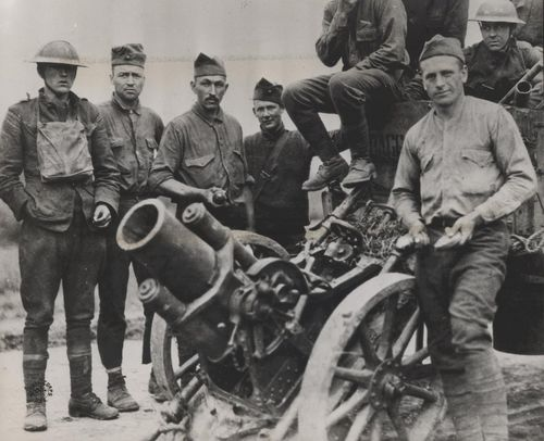 Ar-round-could-be-aimed-to-fall-directly-into-trenches-unlike-artillery-shells-these-marines-are-posing-with-a-german-trench-mortar-captured-in-france-in-1918