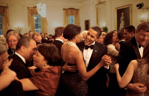 02-TCX-obama-after-hours-party-white-house-0113-mv