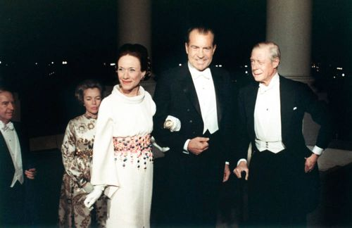 10-TCX-richard-nixon-white-house-party-0113-mv