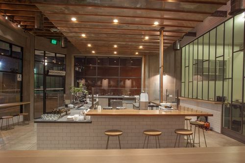 Item5_rendition_slideshowWideHorizontal_coffee-shop-design-07-handsome-los-angeles