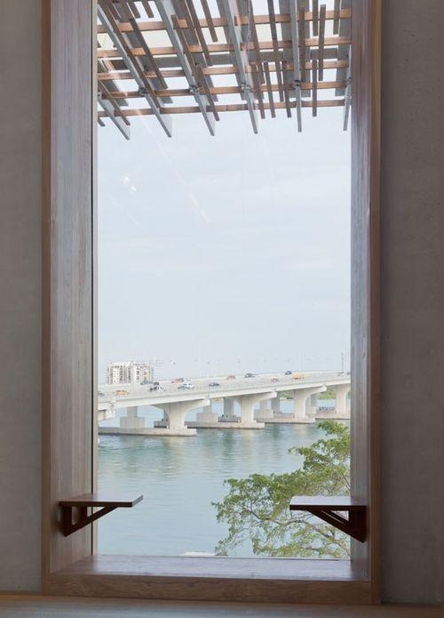 Cn_image_size_perez-museum-04-window-seating-iwan-baan