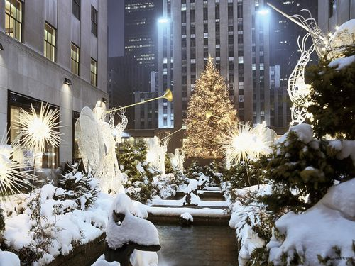 White-new-york-christmas-tree
