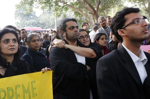 India-supreme-court-reinstates-gay-sex-ban