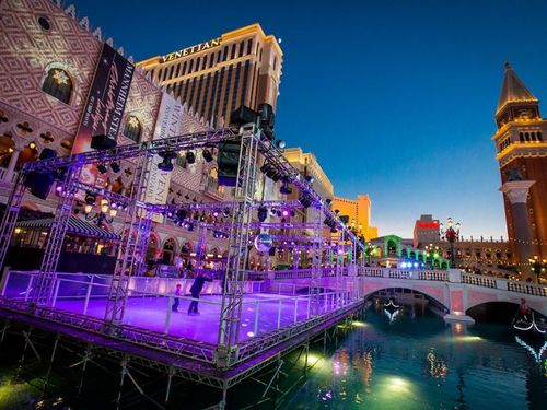 Item0_rendition_slideshowWideHorizontal_1-the-venetian-las-vegas-skating-rink