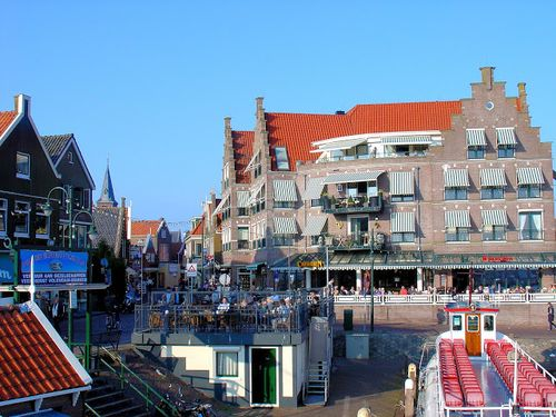 Netherlands_volendam_view_from_Marken_Express