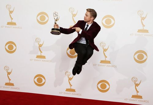 Sept-22-check-out-that-air-derek-hough-dancing-with-the-stars-catapulted-himself-into-the-air-backstage-at-the-emmys