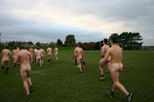 Rugby-naked-photo-out-take-530x353