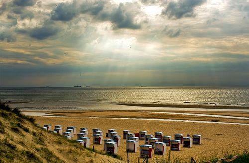 Katwijk-aan-zee-beach-holland